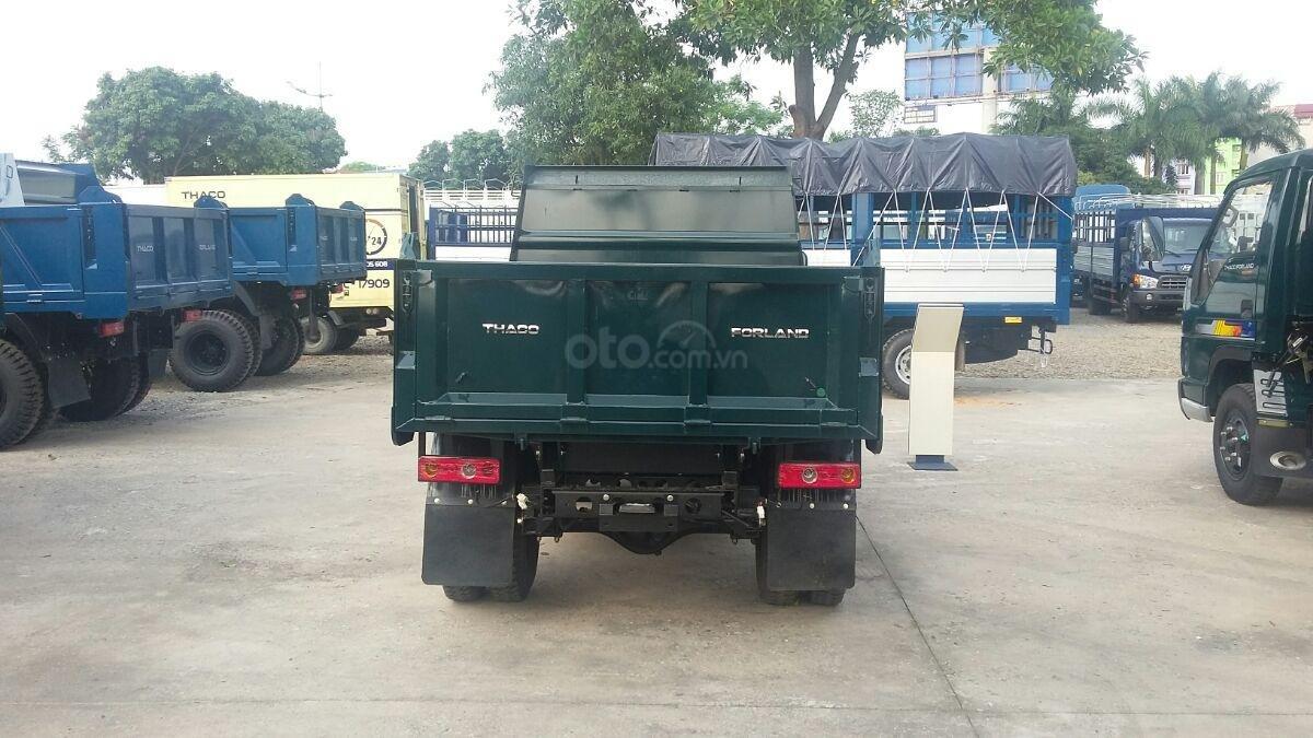Xe ben 2.5 tấn Trường Hải ở Hà Nội (3)