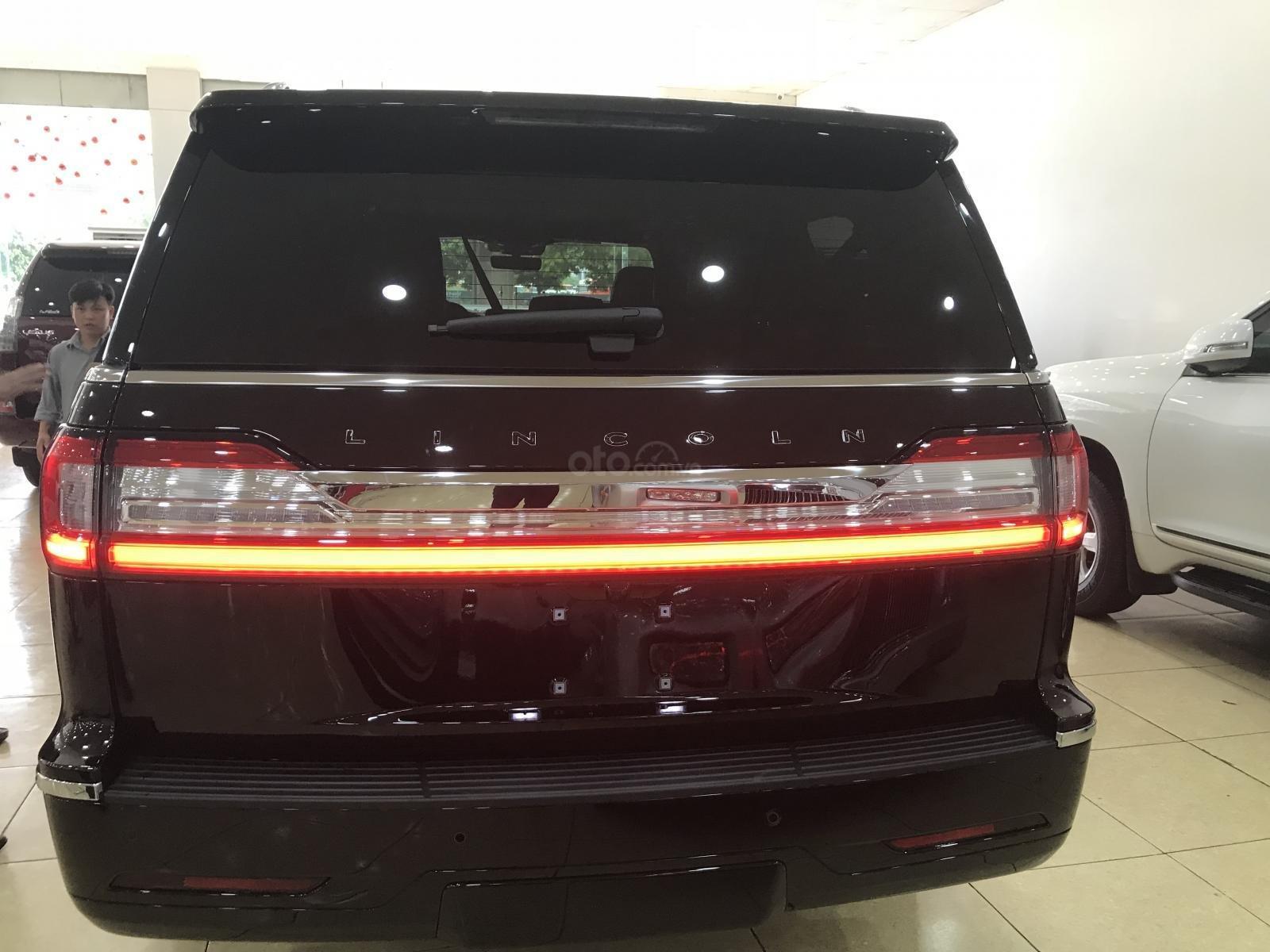 Bán Lincoln Navigator Black Label 2019, màu đen, nhập Mỹ, mới 100%, xe giao ngay. LH: 0906223838-3