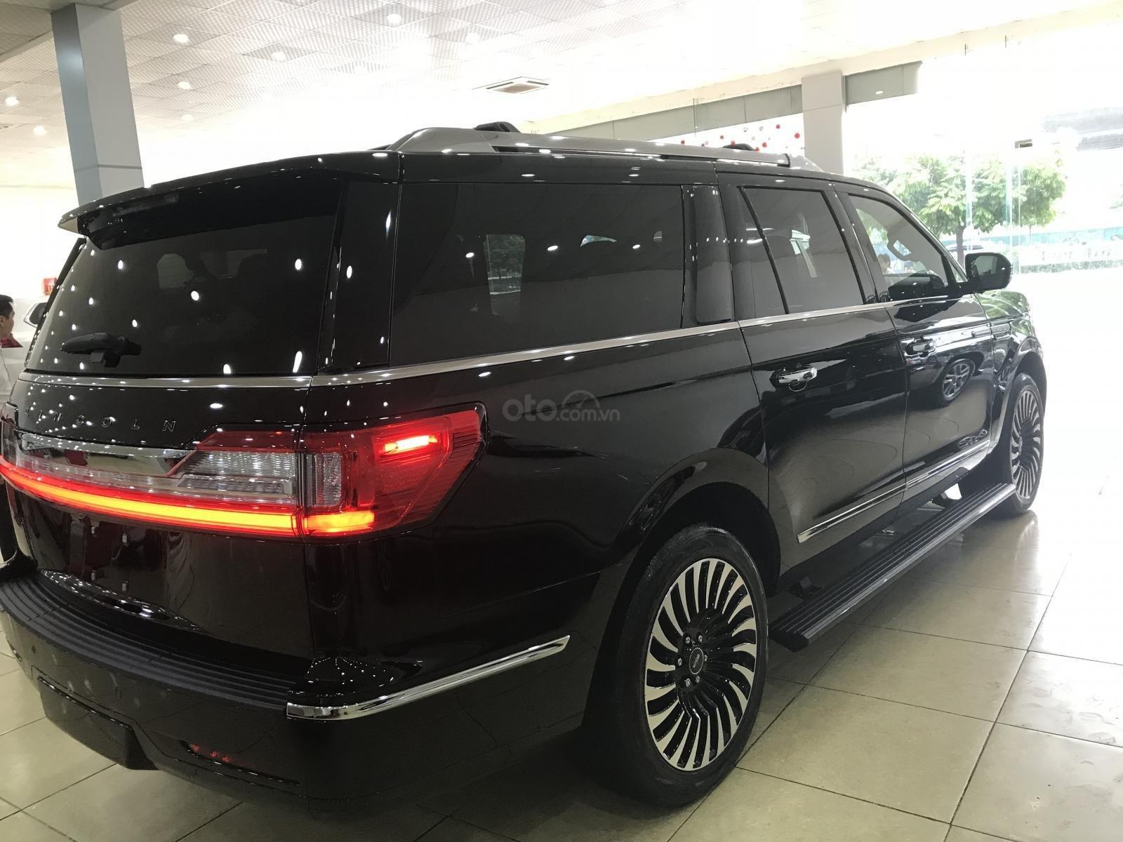 Bán Lincoln Navigator Black Label 2019, màu đen, nhập Mỹ, mới 100%, xe giao ngay. LH: 0906223838-4
