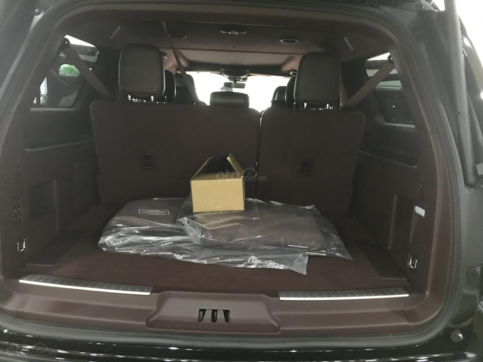 Bán Lincoln Navigator Black Label 2019, màu đen, nhập Mỹ, mới 100%, xe giao ngay. LH: 0906223838-11