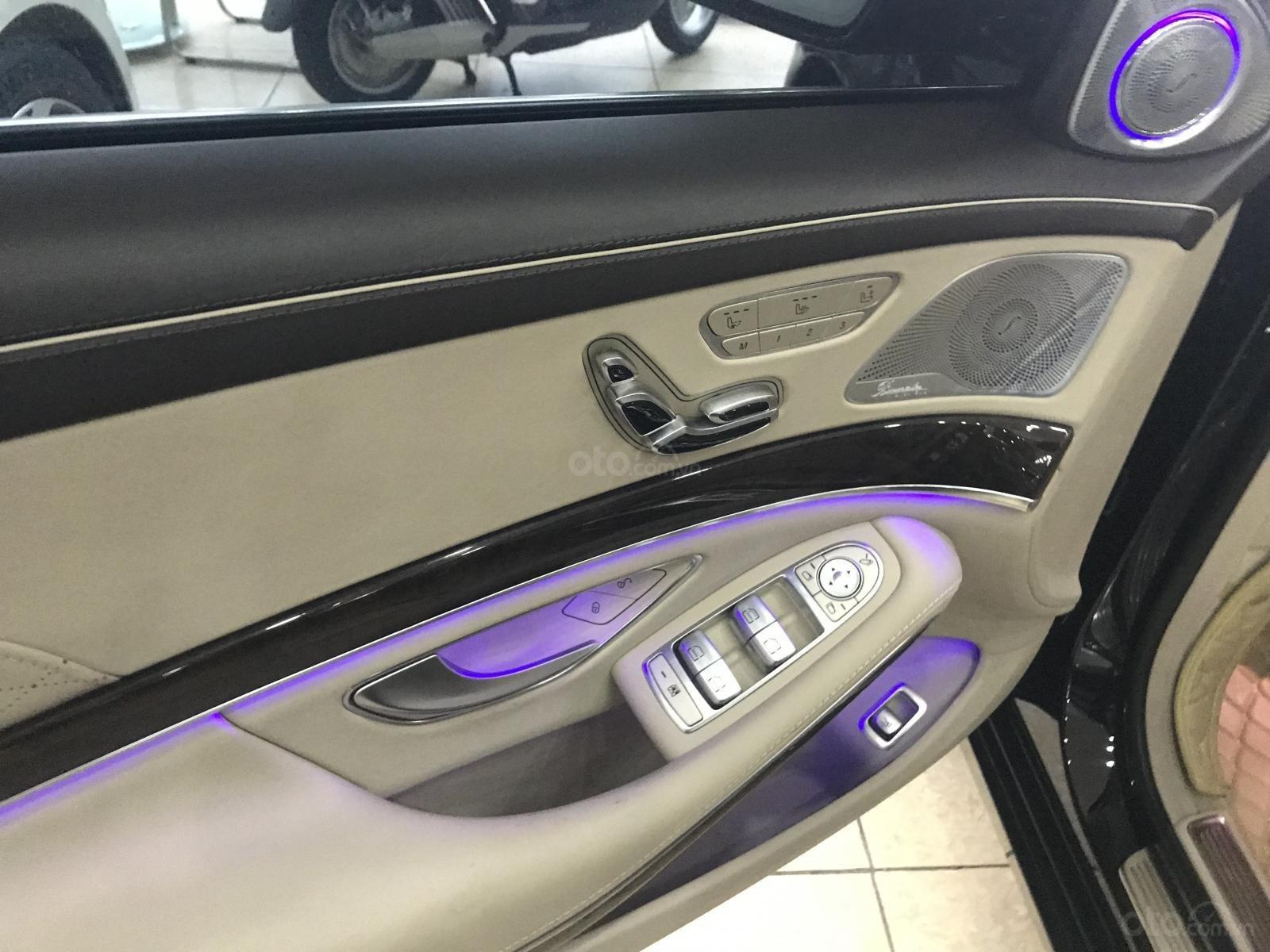 Bán Mercedes Maybach S450 sản xuất 2017, đăng ký 2018, xe chạy cực ít, siêu mới, LH: 0906223838-10