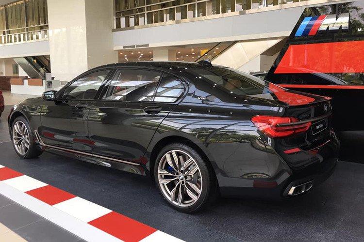 BMW M760Li 2019 chính hãng có giá lăn bánh lên tới hơn 14 tỷ đồng - Ảnh 2.