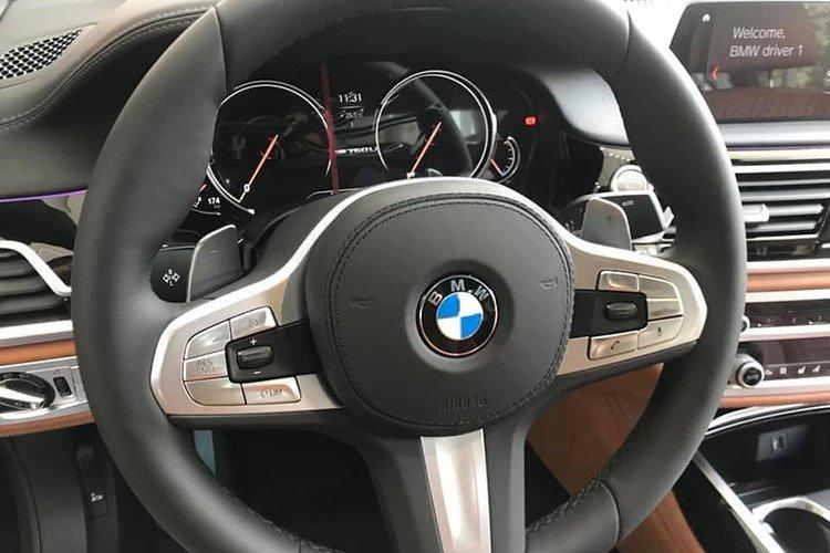 BMW M760Li 2019 chính hãng có giá lăn bánh lên tới hơn 14 tỷ đồng - Ảnh 6.