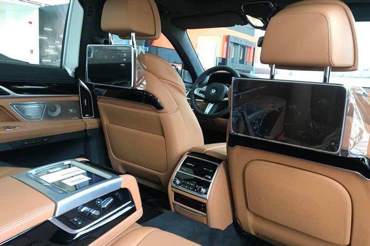 BMW M760Li 2019 chính hãng có giá lăn bánh lên tới hơn 14 tỷ đồng - Ảnh 8.