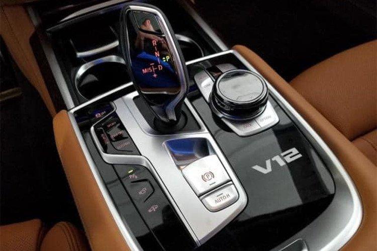 BMW M760Li 2019 chính hãng có giá lăn bánh lên tới hơn 14 tỷ đồng - Ảnh 7.
