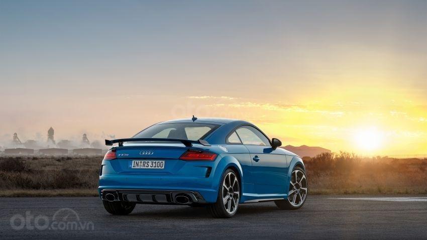 Audi TT RS 2019 đuôi xe