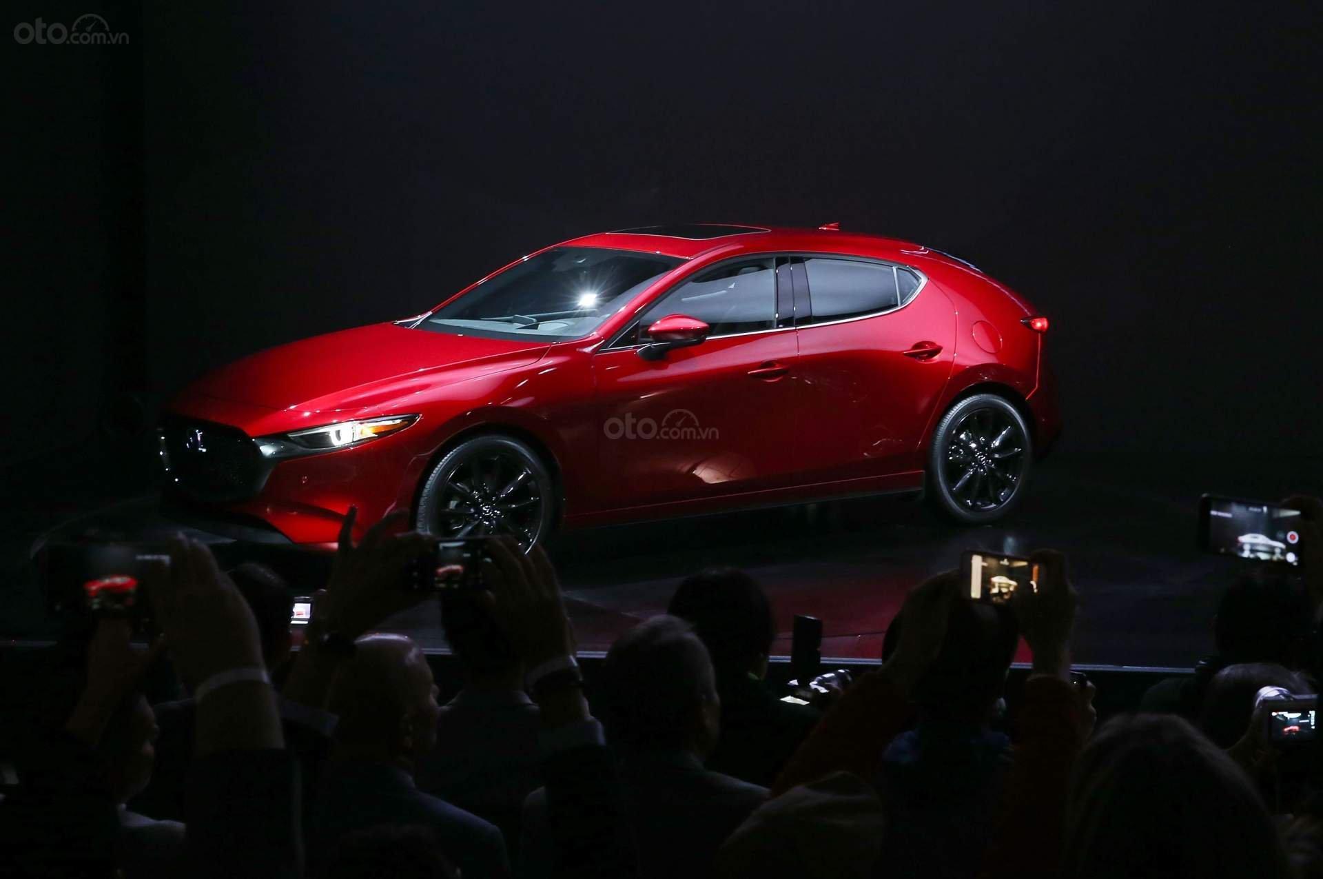 Mazda 3 2019 hoàn toàn mới thân xe