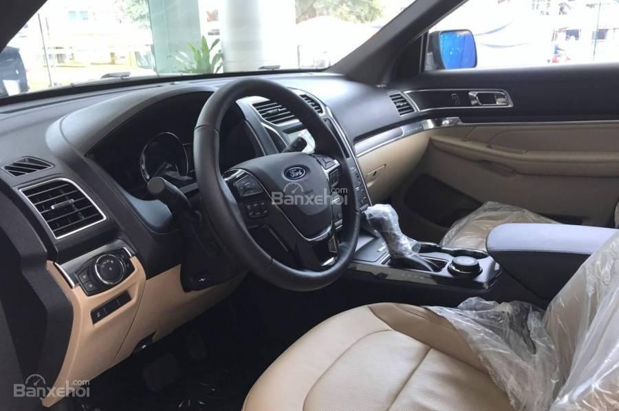 Sau Tết, giá xe Ford Explorer niêm yết bất ngờ tăng gần 100 triệu đồng a3