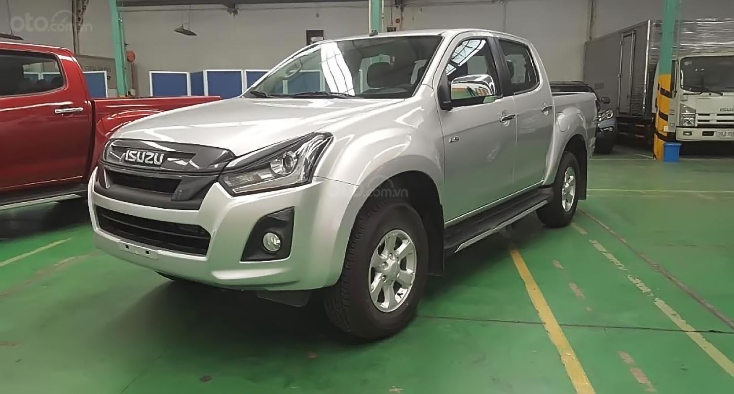 Bán xe Isuzu Dmax LS 1.9L 4x2 MT sản xuất 2018, màu bạc, nhập khẩu-0