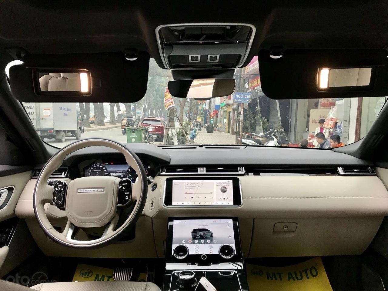 Bán xe LandRover Range Rover Velar P250 SE R-Dynamic sản xuất 2018, màu xám, nhập khẩu-6