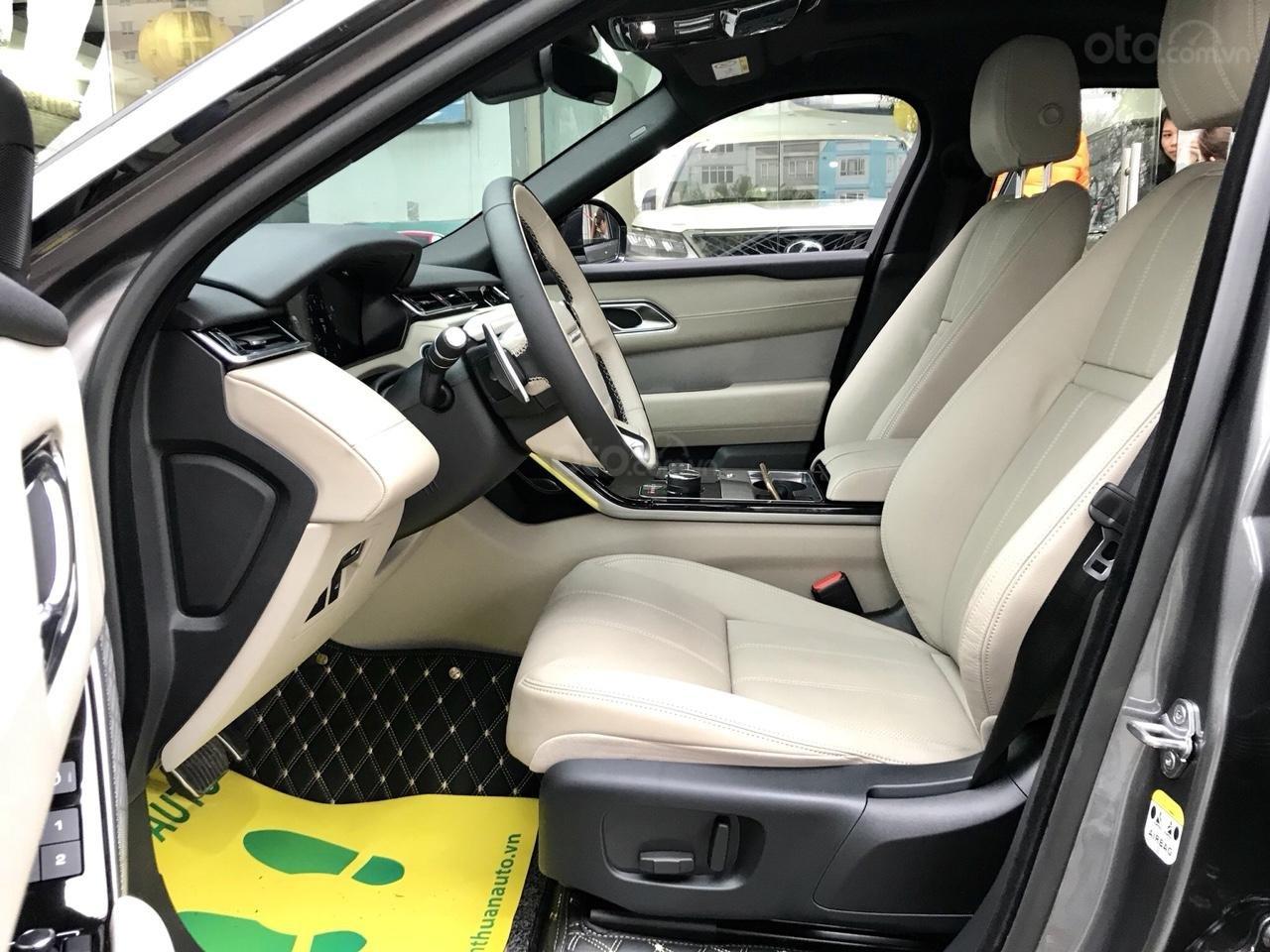 Bán xe LandRover Range Rover Velar P250 SE R-Dynamic sản xuất 2018, màu xám, nhập khẩu-16
