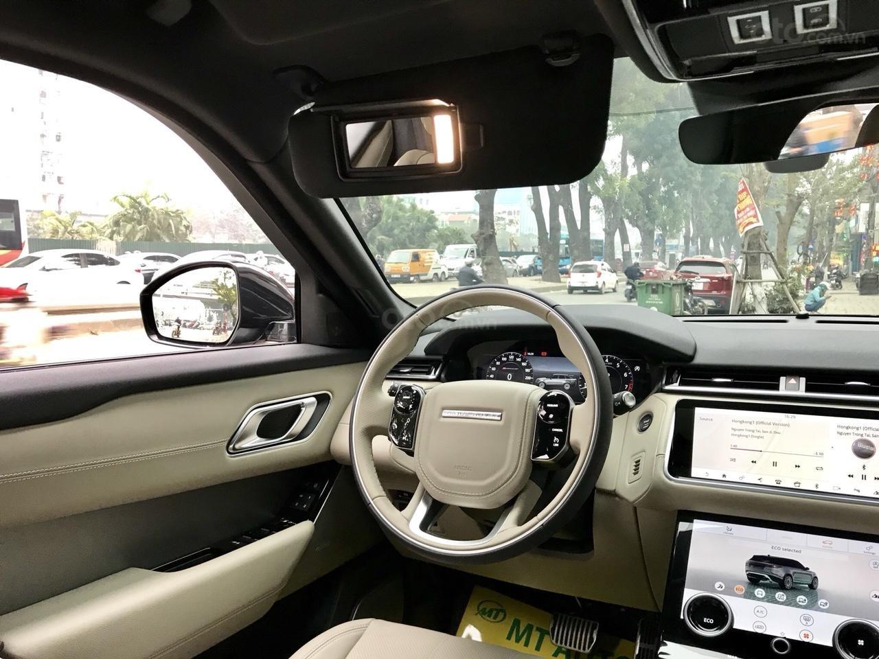 Bán xe LandRover Range Rover Velar P250 SE R-Dynamic sản xuất 2018, màu xám, nhập khẩu-17