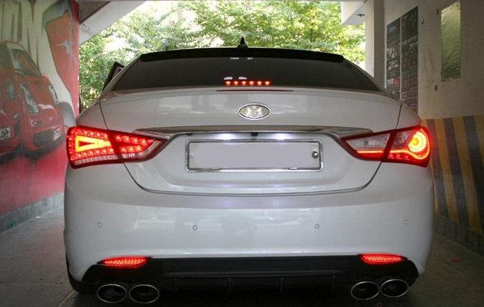 Cơ chế hoạt động và công dụng của đèn hậu xe ô tô2aa