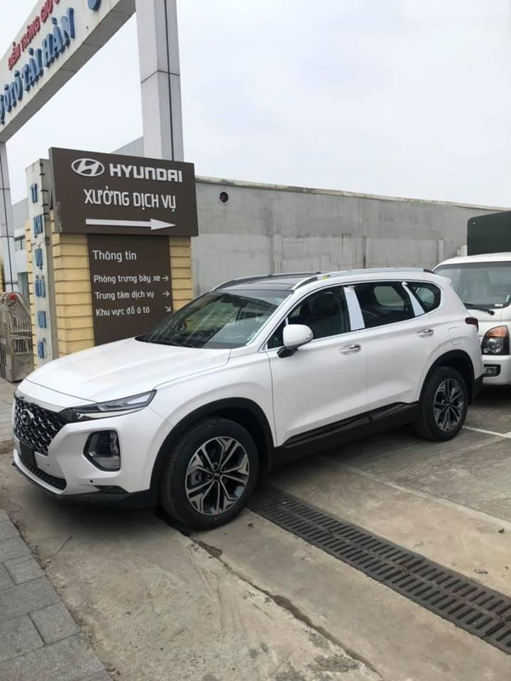 Nhìn lại chặng đường về đúng giá thật của Hyundai Santa Fe 2019.