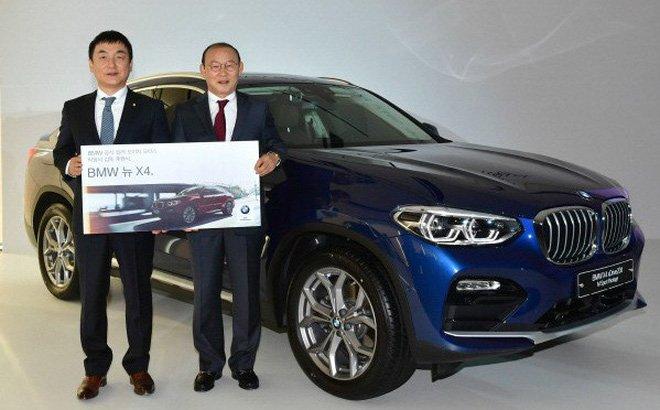 HLV Park Hang-seo được tặng xe BMW X4