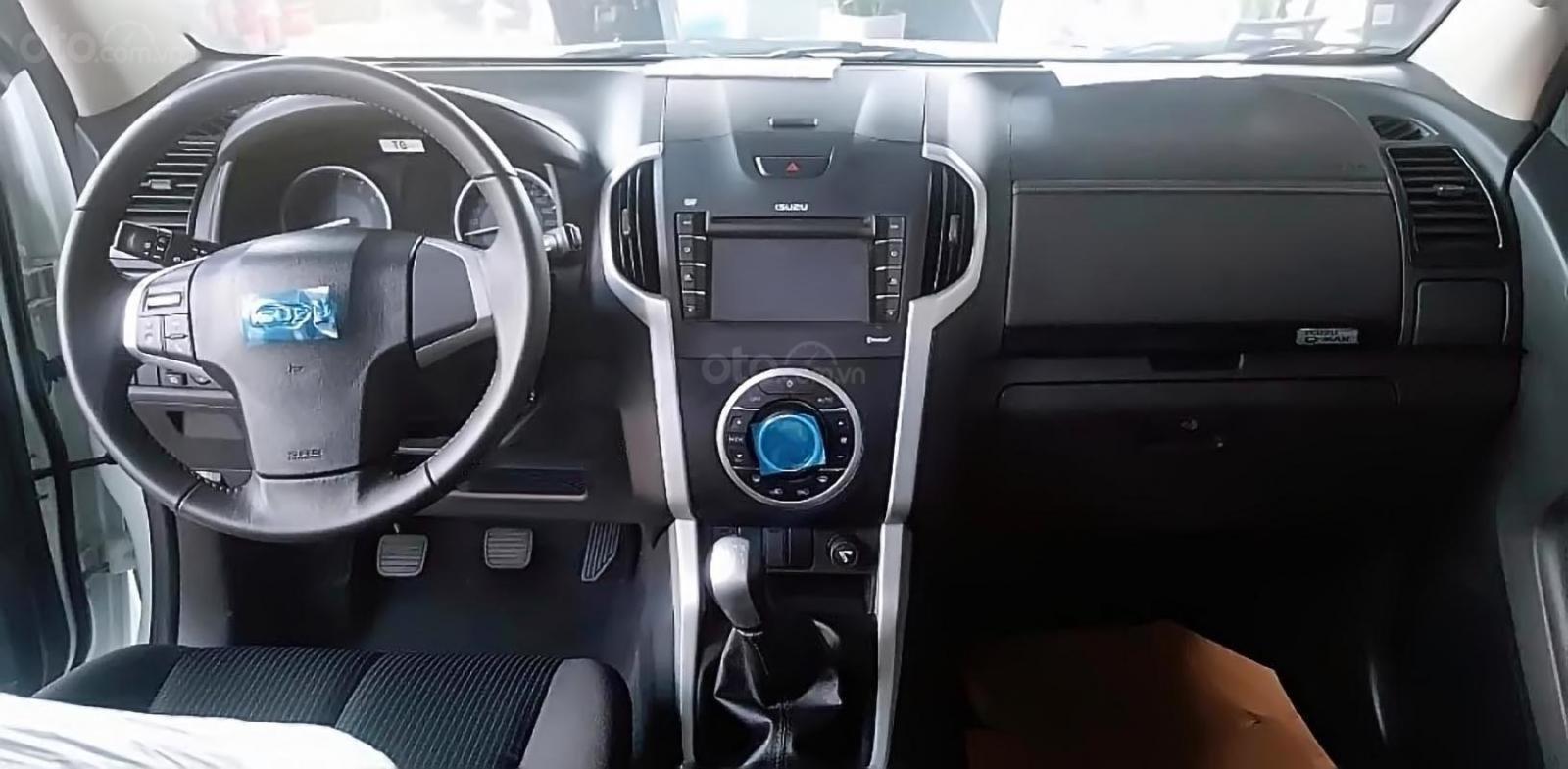 Bán Isuzu Dmax LS 1.9L 4x2 MT năm sản xuất 2018, màu trắng, xe nhập -1