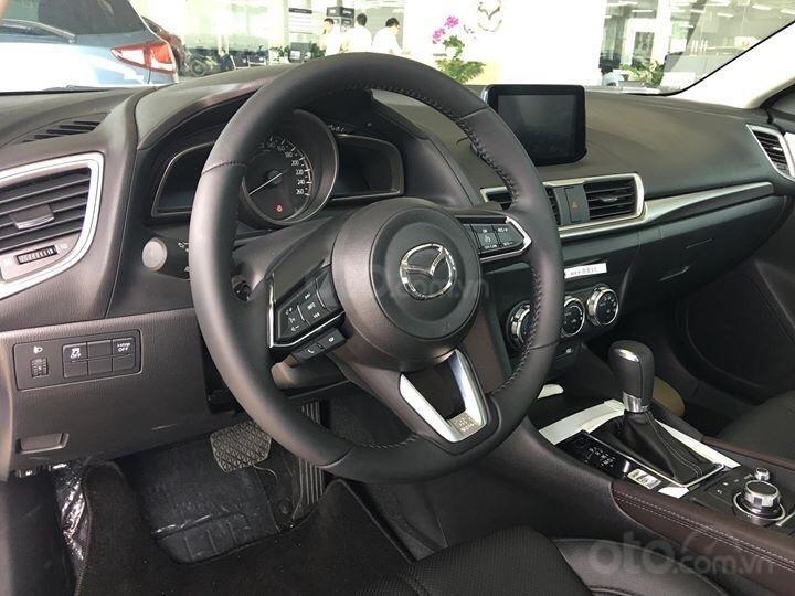 Bán Mazda 3 1.5 Hatchback FL 2019 ưu đãi lên đến 20 triệu - Hỗ trợ trả góp - Giao xe ngay, Hotline: 0973560137-6