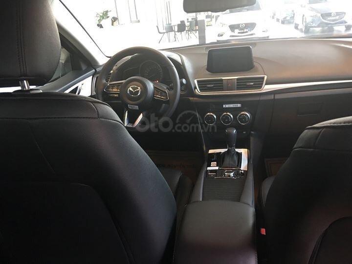 Bán Mazda 3 1.5 Hatchback FL 2019 ưu đãi lên đến 20 triệu - Hỗ trợ trả góp - Giao xe ngay, Hotline: 0973560137-5