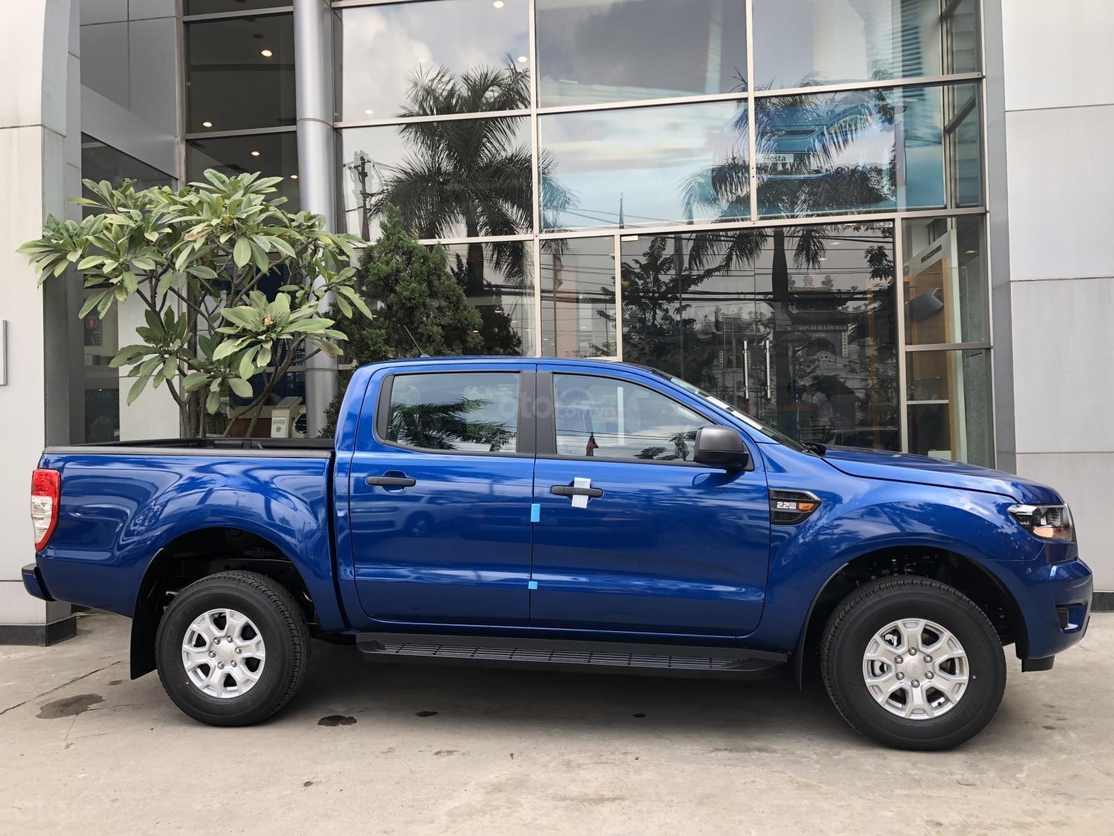 Bạn đang tìm xe Ranger XLS 1 cầu số tự động? Hãy gọi ngay Ford Pháp Vân: 0902212698, giao xe ngay! Đủ màu-4