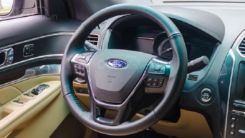 Vô lăng Ford Explorer 2019...