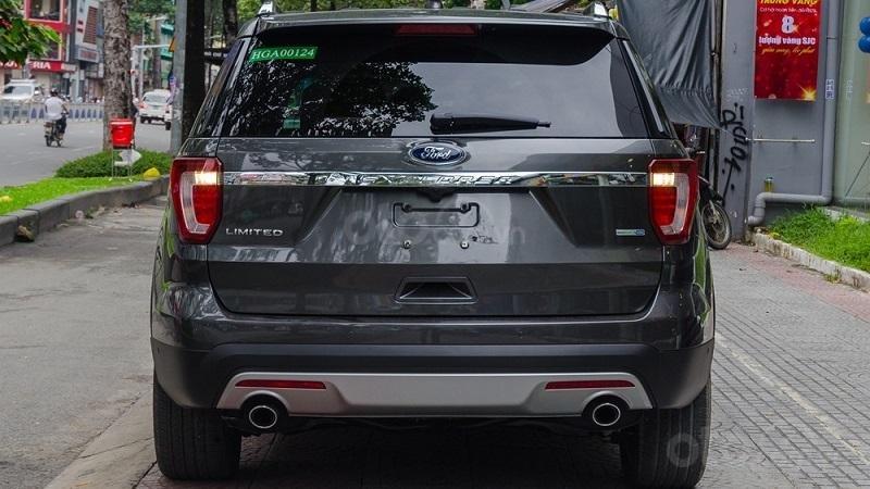 Đuôi xe Ford Explorer 2019...