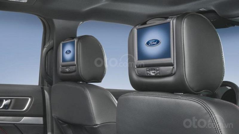 Màn hình giải trí trên Ford Explorer 2019...