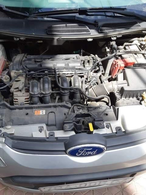 Cần bán xe Ford Fiesta 2011, màu bạc, giá 280tr-1