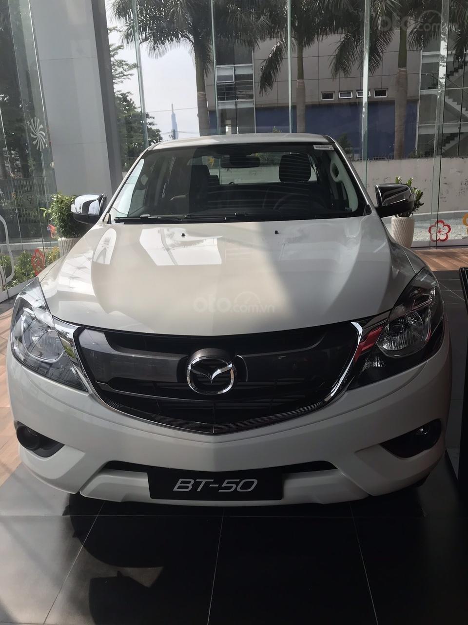 Bán Mazda BT50 2019, vay 85%, trả trước 108tr (1)