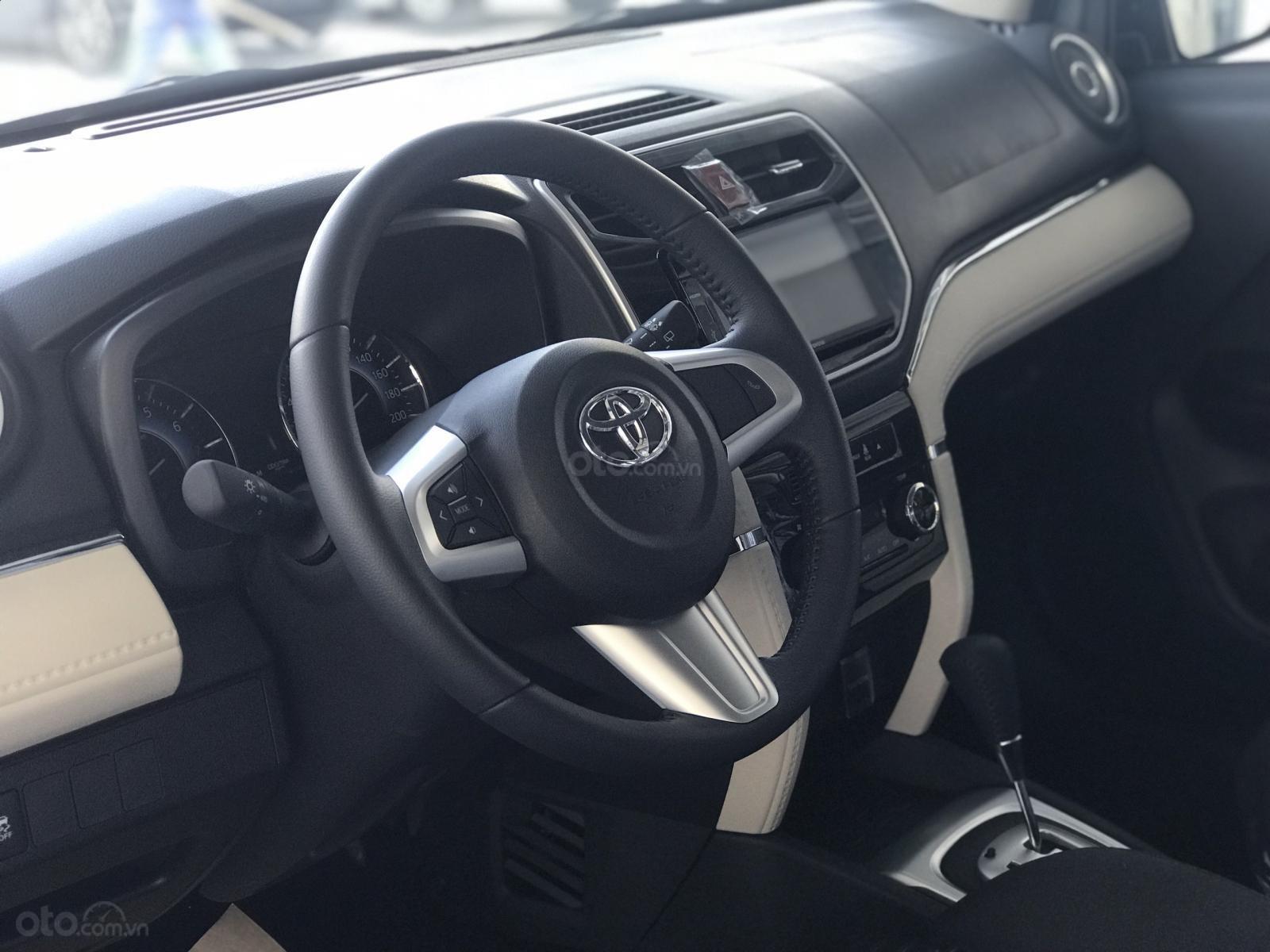 Toyota Rush nhập khẩu Indo mới 100% 2019 còn rất ít xe. Hỗ trợ trả góp từ 5tr/tháng, LH Lộc 0942.456.838 (12)