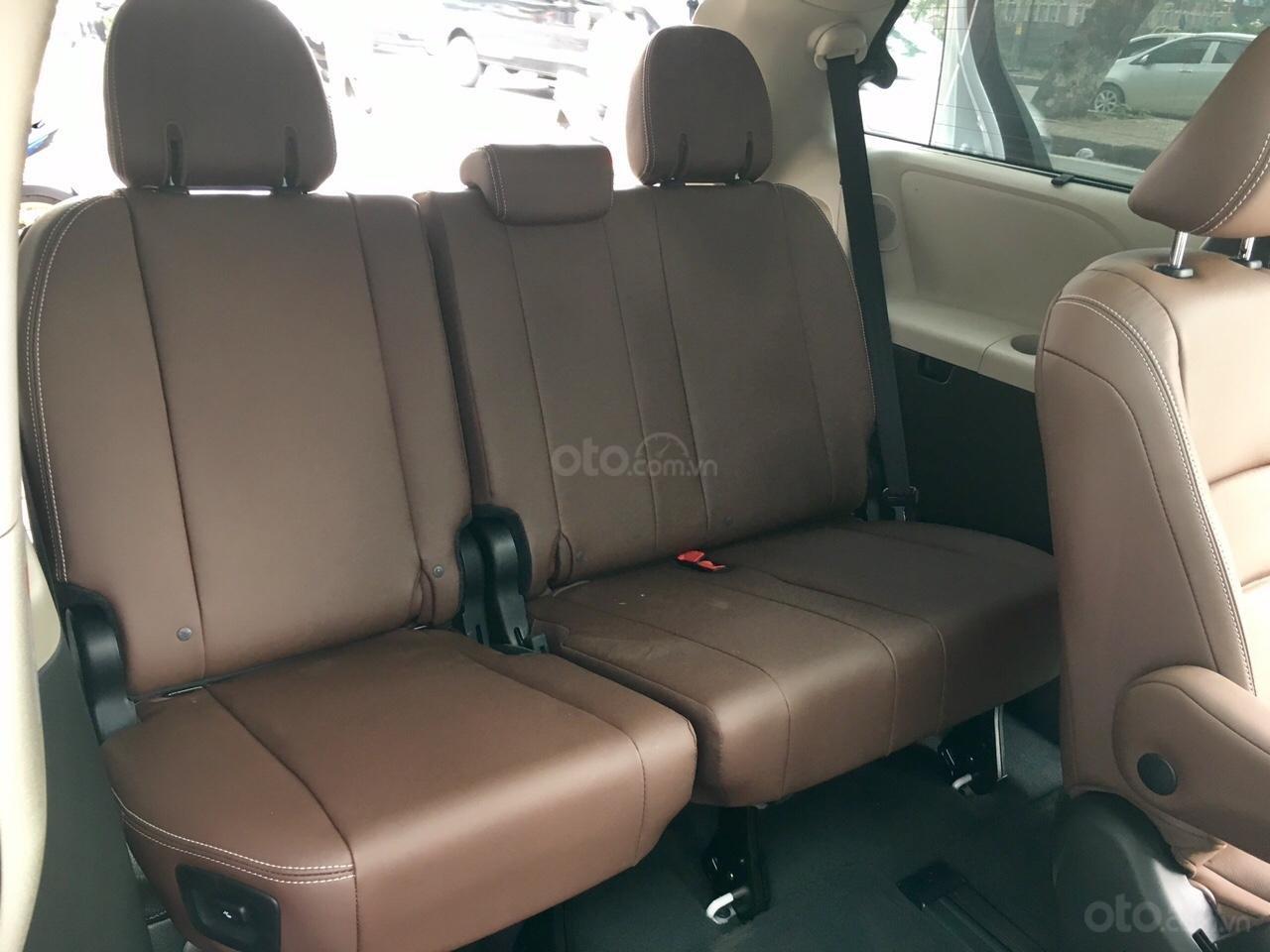 Bán Toyota Sienna Limited sản xuất 2019, mới 100%, đủ màu giao ngay, giá rẻ nhất -13
