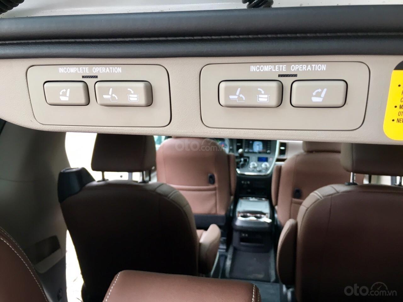 Bán Toyota Sienna Limited sản xuất 2019, mới 100%, đủ màu giao ngay, giá rẻ nhất (20)