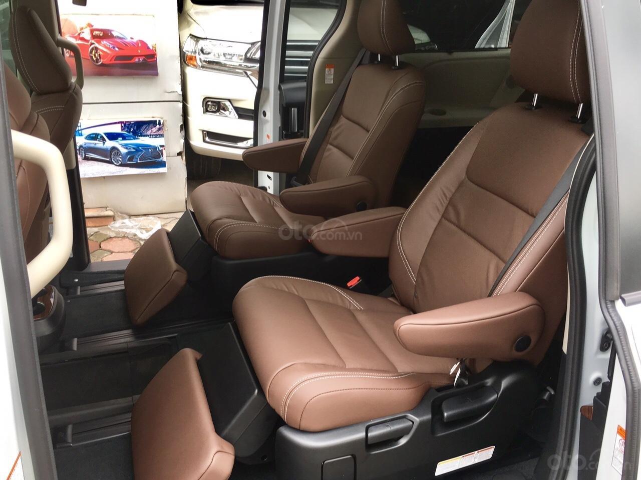 Bán Toyota Sienna Limited sản xuất 2019, mới 100%, đủ màu giao ngay, giá rẻ nhất -18