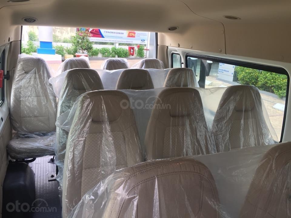 Giao ngay xe Ford Transit 2019, giá cực tốt, tặng: Hộp đen, BHVC, bọc trần, lót sàn, ghế da, gập ghế, LH: 091.888.9278-3