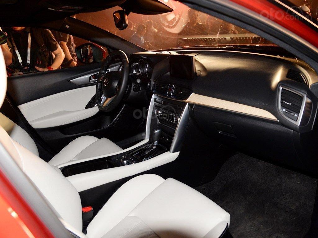 Mazda CX-4 nội thất 1