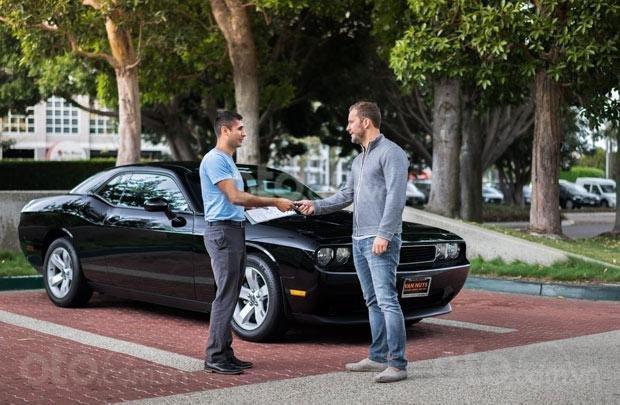 Dịch vụ chia sẻ xe hơi đang trở thành xu hướng tại một số quốc gia phát triển...