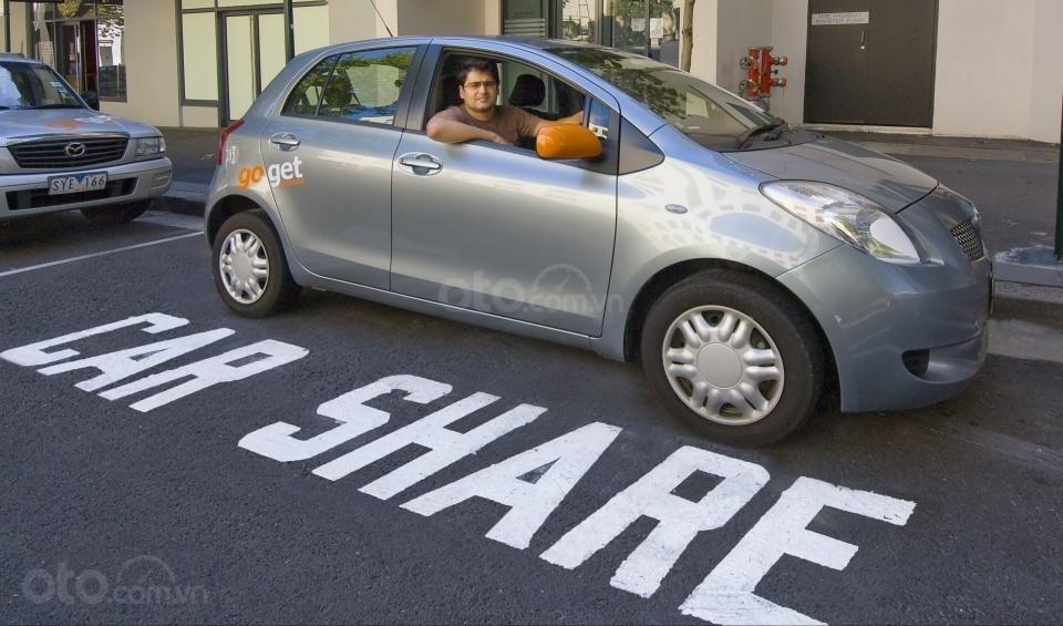 Dịch vụ chia sẻ xe đang nở rộ tại các quốc gia phát triển...