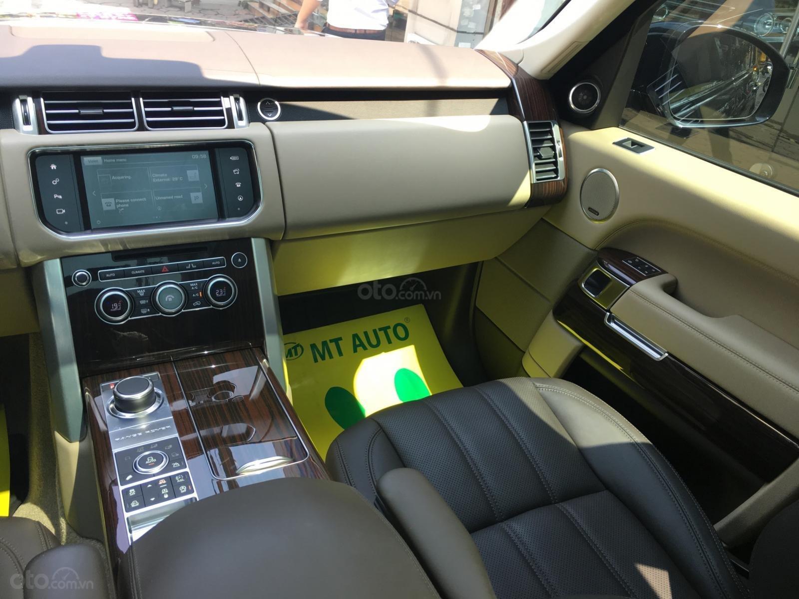 Cần bán LandRover Range Rover HSE 3.0 sản xuất 2016, màu đen, nhập khẩu - LH: 0982.842838 (13)