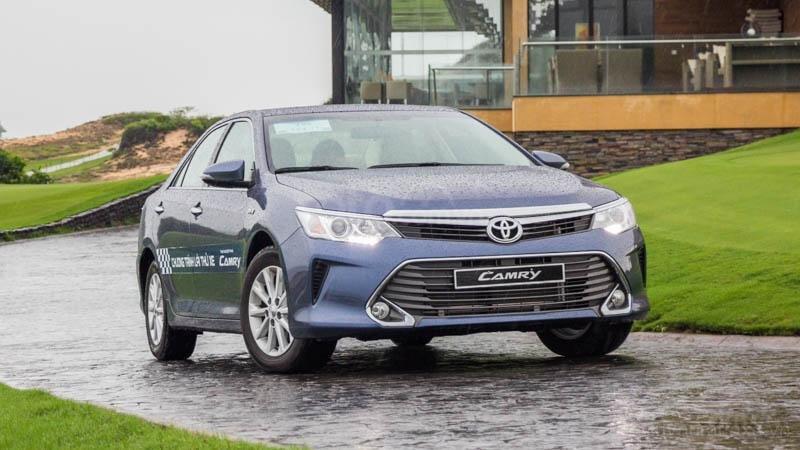 Toyota Camry 2018 tại Việt Nam...