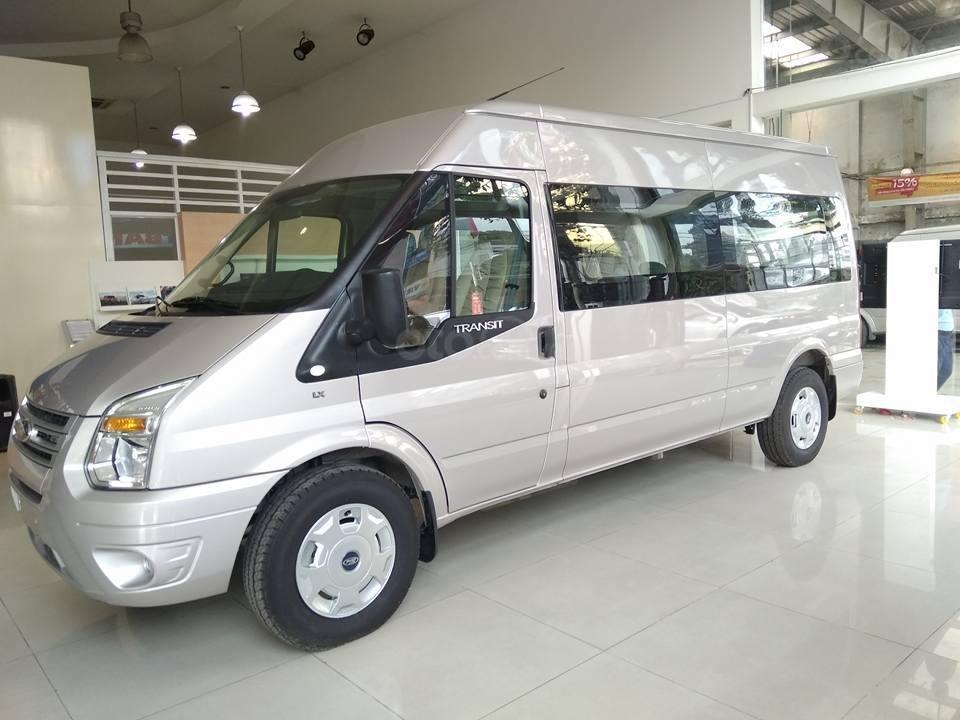 Tặng: BHVC, Hộp đen, bọc trần, lót sàn xe - Khi mua xe Ford Transit MID, SVP, Luxury và Limousine 2019, LH: 093.543.7595-2