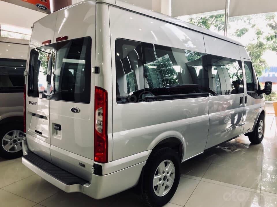 Tặng: BHVC, Hộp đen, bọc trần, lót sàn xe - Khi mua xe Ford Transit MID, SVP, Luxury và Limousine 2019, LH: 093.543.7595-5