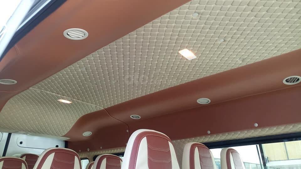 Tặng: BHVC, Hộp đen, bọc trần, lót sàn xe - Khi mua xe Ford Transit MID, SVP, Luxury và Limousine 2019, LH: 093.543.7595-7
