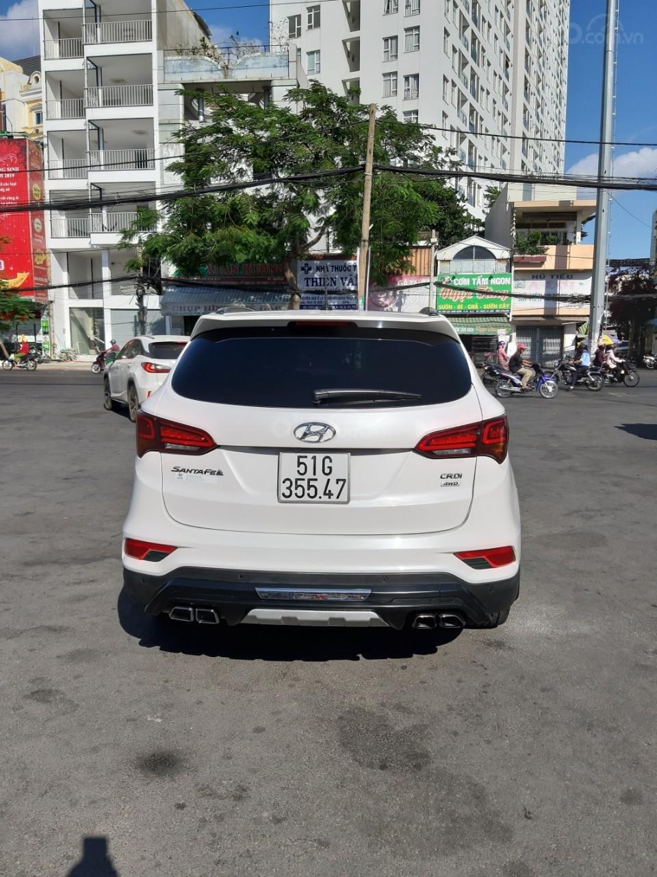 Hyundai Santa Fe CRDi model 2017, màu trắng, nhập khẩu còn mới toanh, full option loại cao cấp nhất, 1 tỷ 50tr-12