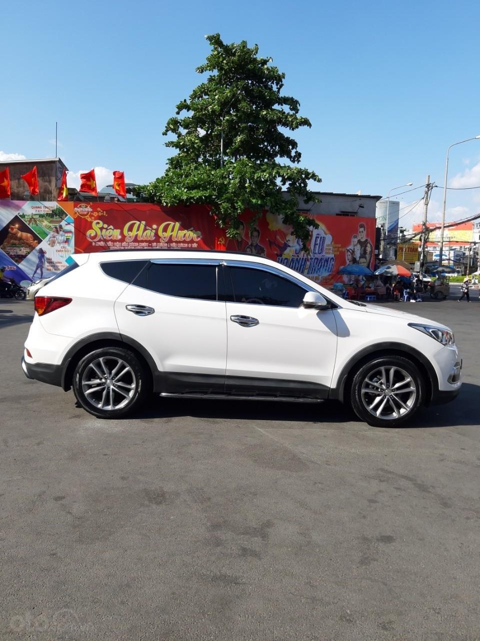 Hyundai Santa Fe CRDi model 2017, màu trắng, nhập khẩu còn mới toanh, full option loại cao cấp nhất, 1 tỷ 50tr-19