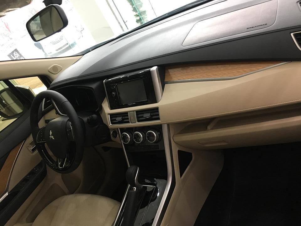 Bán ô tô Mitsubishi Xpander đời 2019, màu trắng, nhập khẩu nguyên chiếc (4)