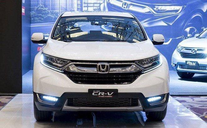 Top 10 xe bán chạy tháng 2/2019: Honda CR-V vẫn vững vàng ở vị trí No.1.