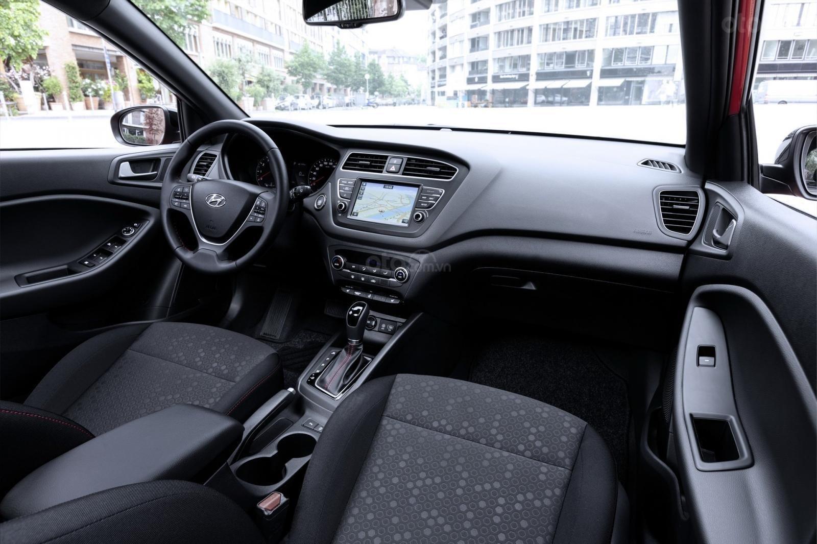 Hyundai i20N 2020 lên lịch xuất hiện trong sớm mai