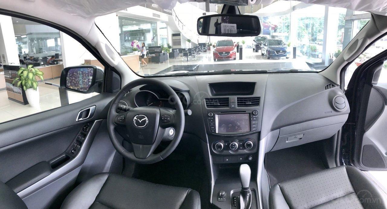 Bán tải BT50 2.2 ATH, giảm tiền mặt + tặng bảo hiểm vật chất khi mua xe trong tháng (4)