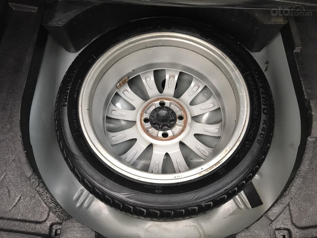 Bán Toyota Vios 1.5 E đời 2013, màu bạc, 380 triệu. Nói không với Limo taxi-23