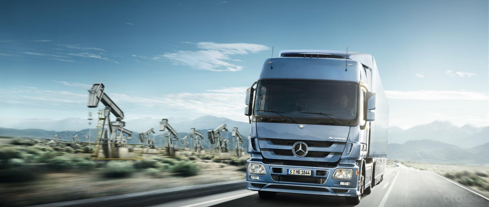 Xe tải Mercedes