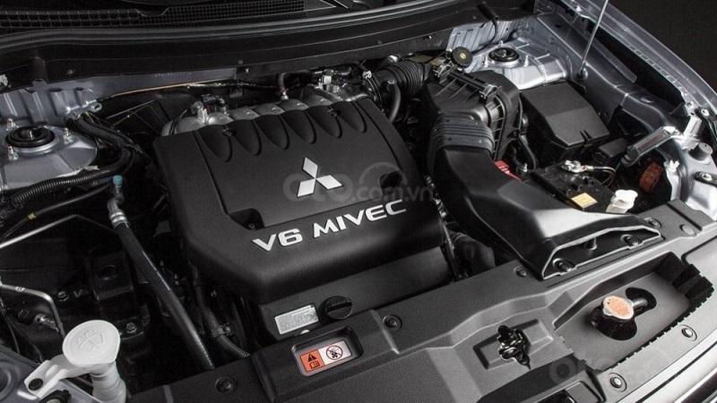 Động cơ Mitsubishi Pajero Sport 2019...